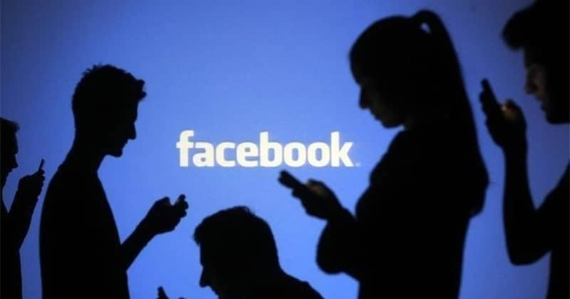 Facebook and <b>Instagram</b> Down: <b>Social</b> Media Sites Crash for Users across the Globe thumbnail