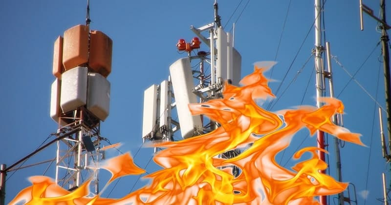UK People Burned 5G Towers Believing in Coronavirus Conspiracy Theories